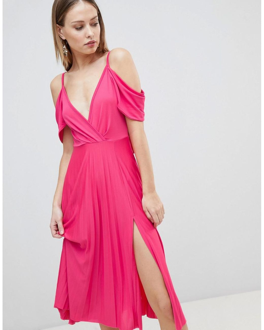 621c52e6ada7 ASOS Cold Shoulder Cowl Back Pleated Midi Dress in Pink - Lyst