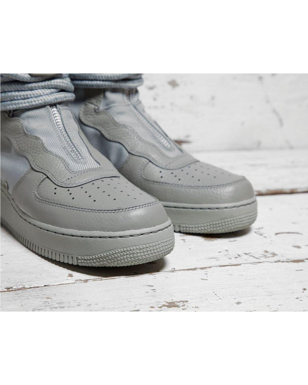brand new 24a3d 47d5a Nike Sf Air Force 1 Hi in Gray for Men - Lyst