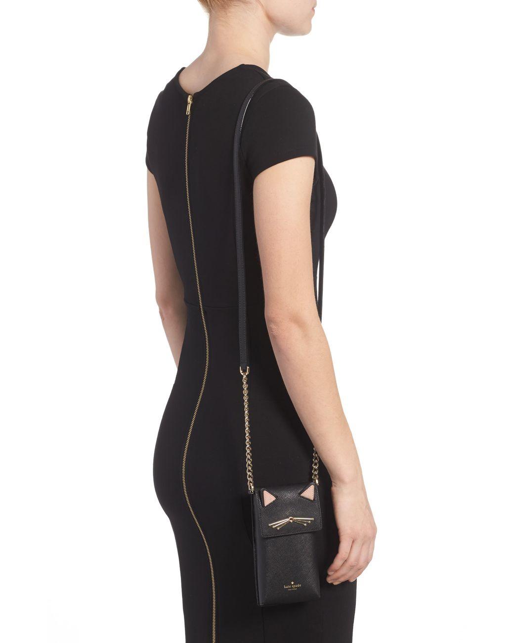 7b2e56e30f2a Kate Spade Cat Smartphone Crossbody Bag in Black - Save 30% - Lyst