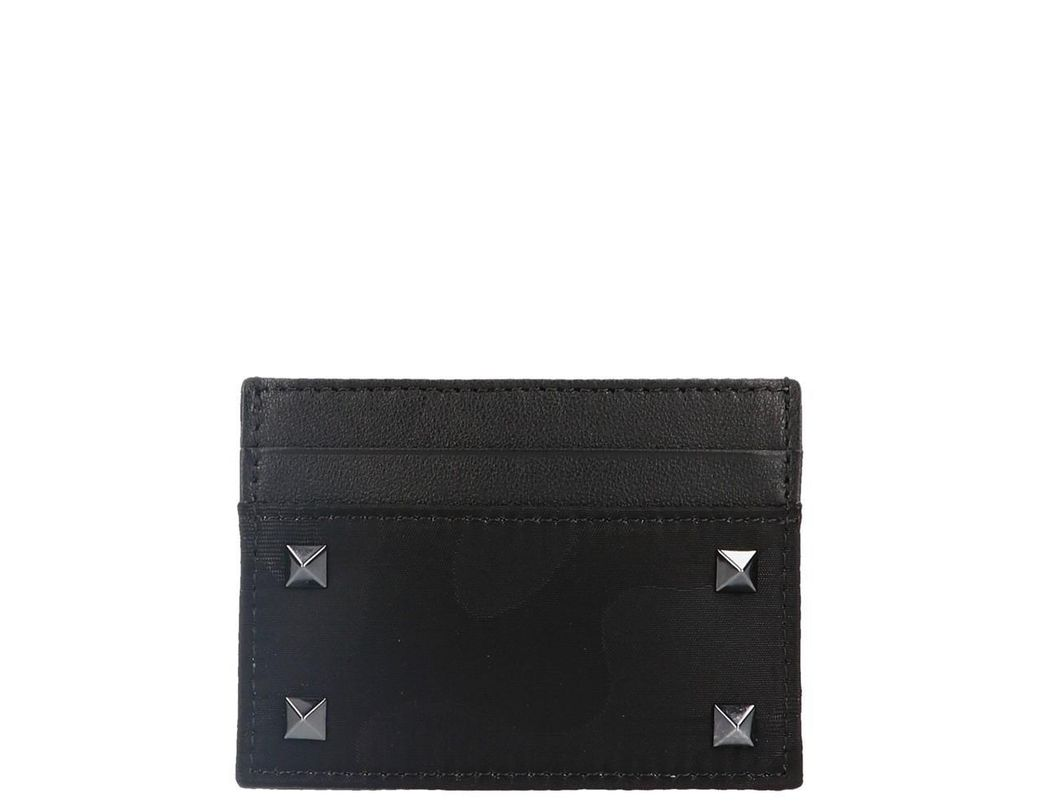 ab1bd5f00b29c Lyst - Valentino Garavani Rockstud Cardholder in Black for Men ...