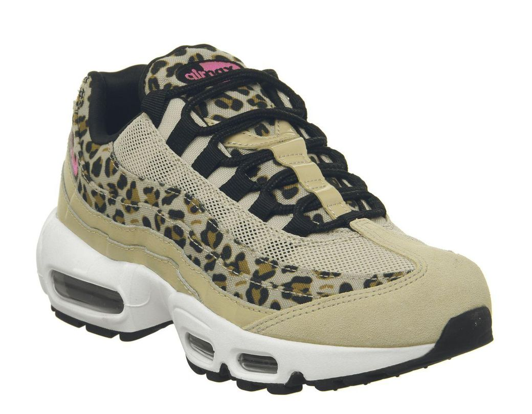 check out eefa3 bf827 Nike. Women s Air Max 95 Trainers