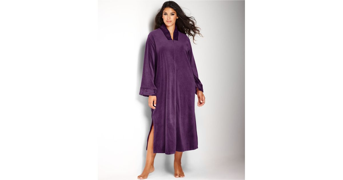 Velour robes with zipper
