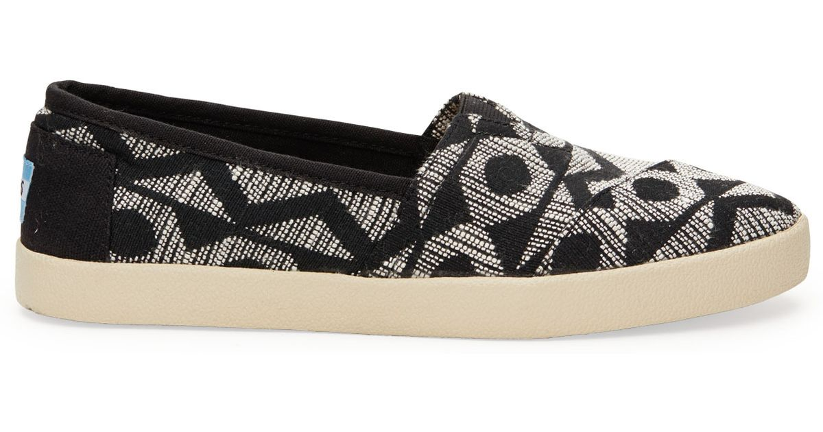 Toms Women S Avalon Slip On Fashion Sneaker