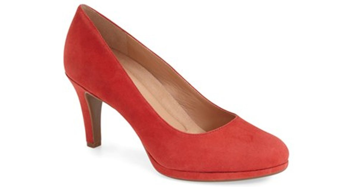 028b78d85ce Lyst - Naturalizer  michelle  Almond Toe Pump in Red