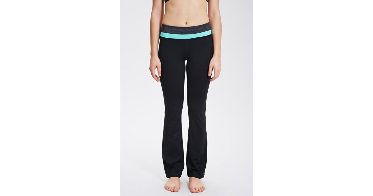 Forever 21 Active Fit & Flare Yoga Pants in Black | Lyst