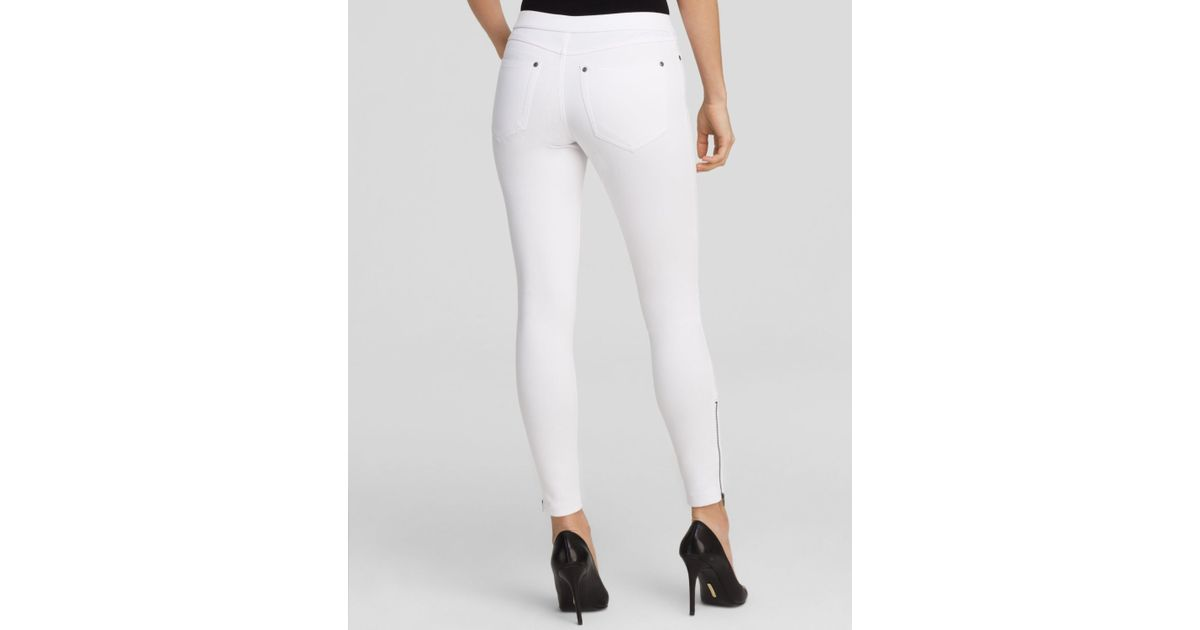 Hue Super Smooth Denim Skimmer Leggings in White | Lyst
