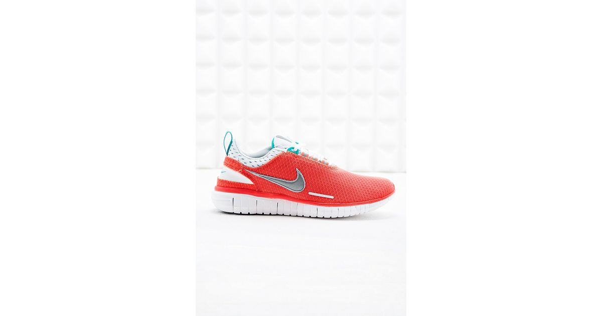 free shipping a9003 af838 Nike - Pink Free Og Breeze Trainers in Coral - Lyst