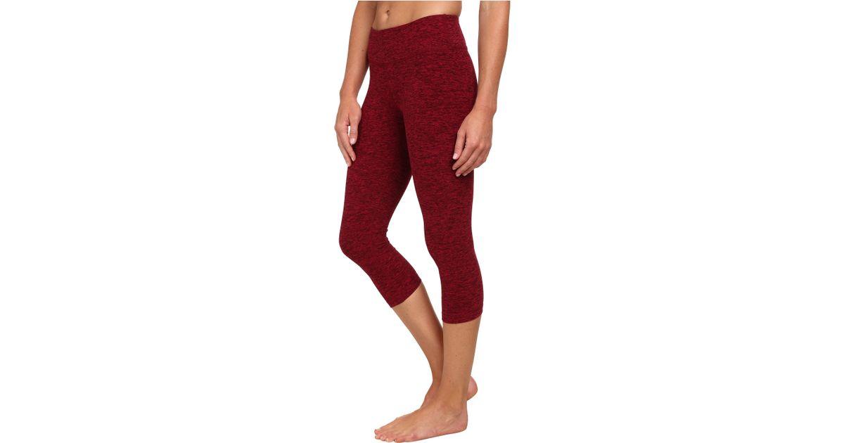 Beyond yoga Capri Leggings in Red | Lyst