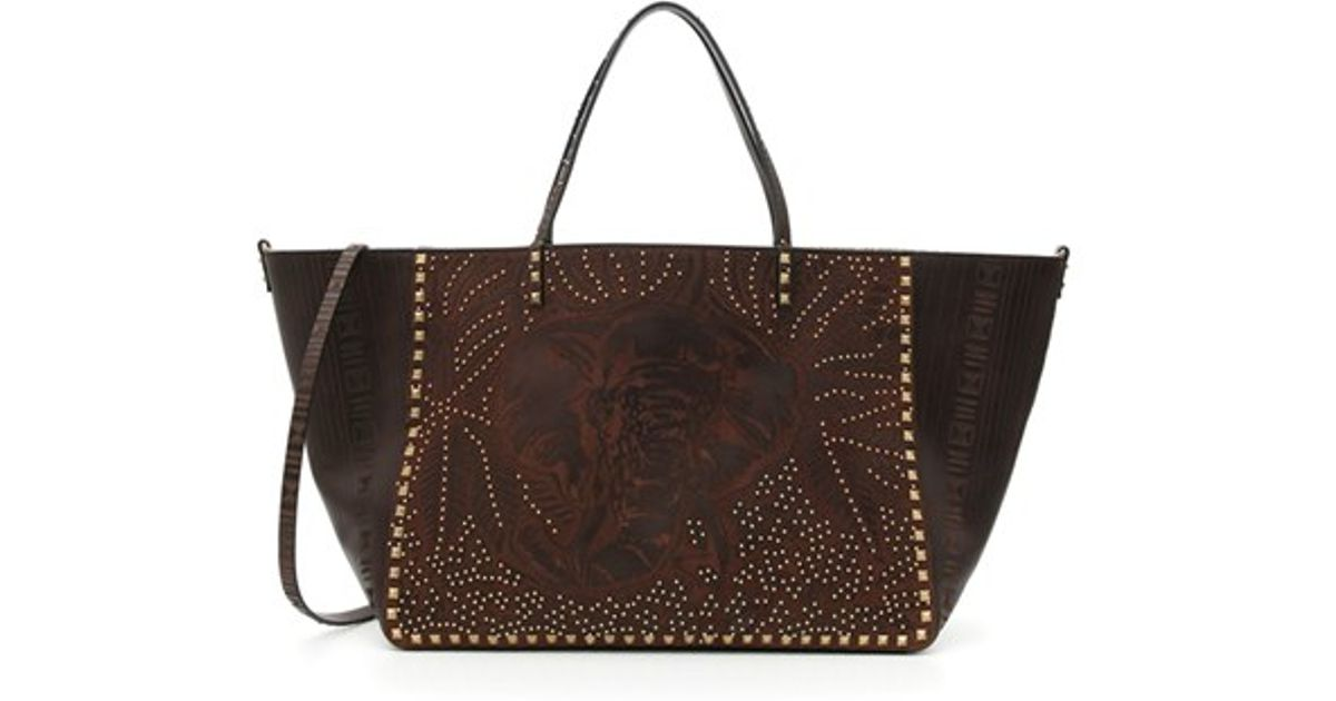 fafbf021a0e13 Lyst - Valentino Rockstud Elephant Leather Tote in Brown