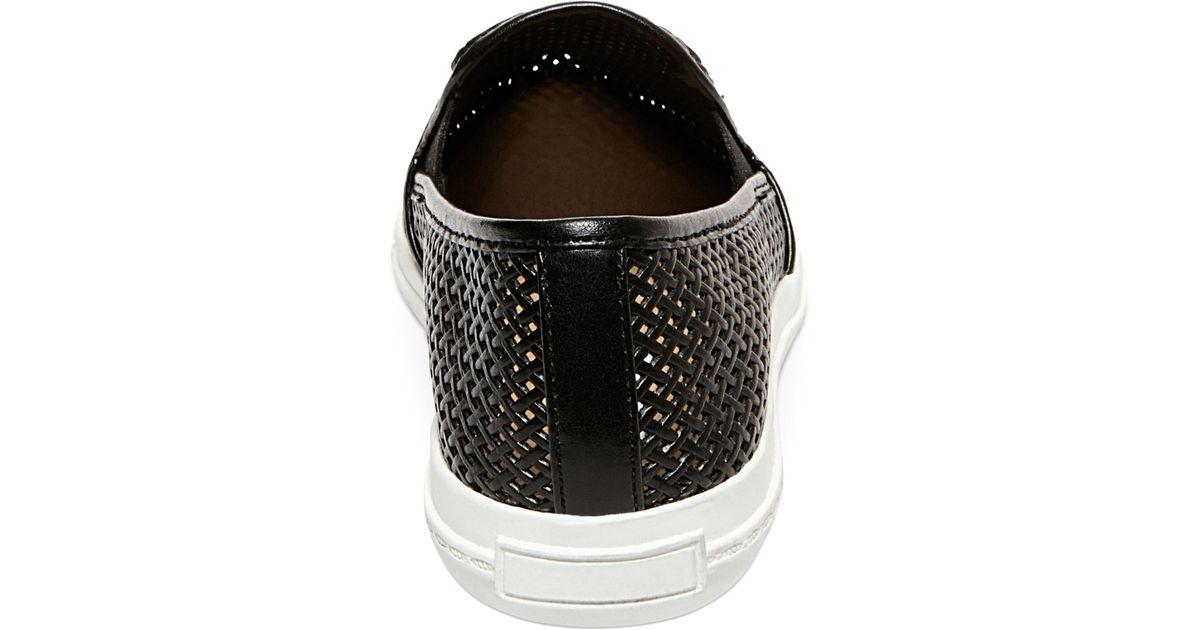 62b5cdf3fde Lyst - Steve Madden Women s Virggo Slip-on Sneakers in Black