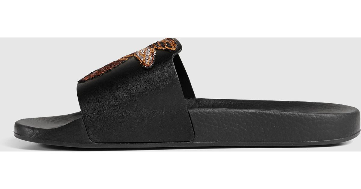 05bf2f79077 Gucci Leather Sandal With Bee in Black for Men - Lyst