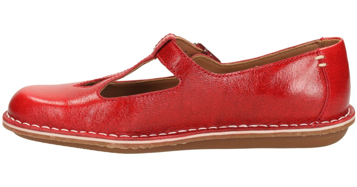 154cbede1 Clarks Tustin Talent Leather Pumps in Red - Lyst