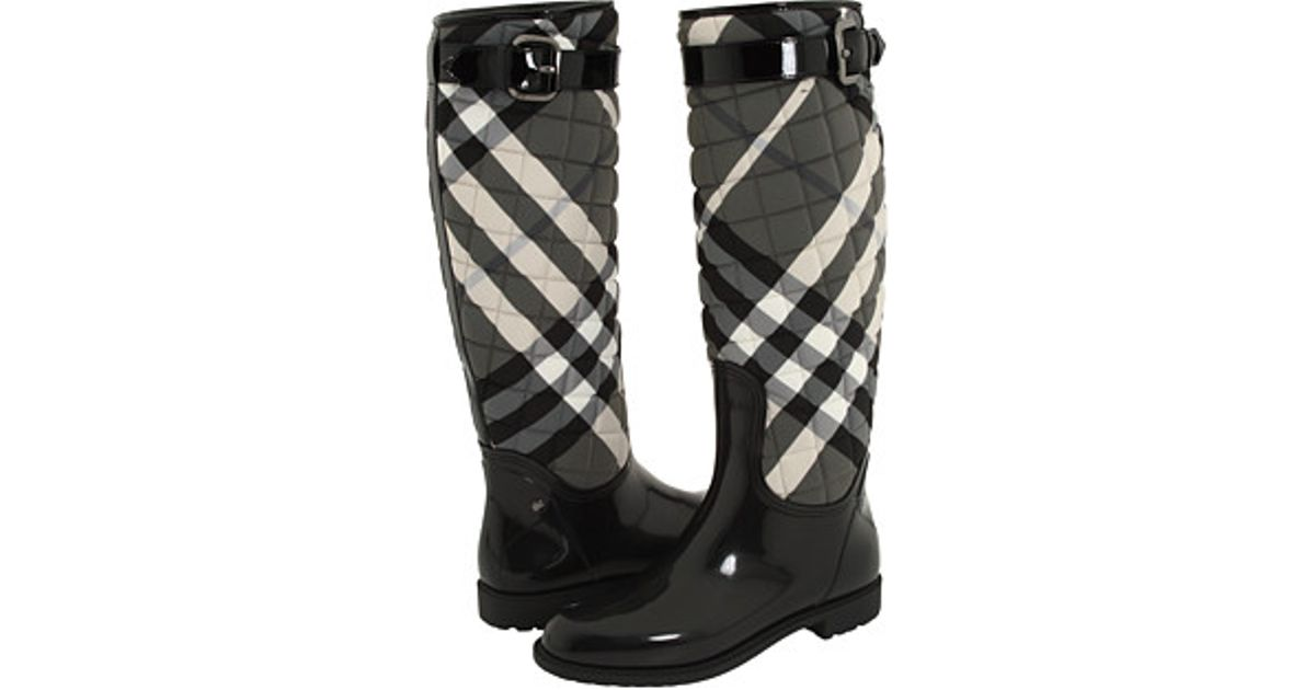 Burberry Quilted Check Print Rain Boot in Black | Lyst : quilted rainboots - Adamdwight.com