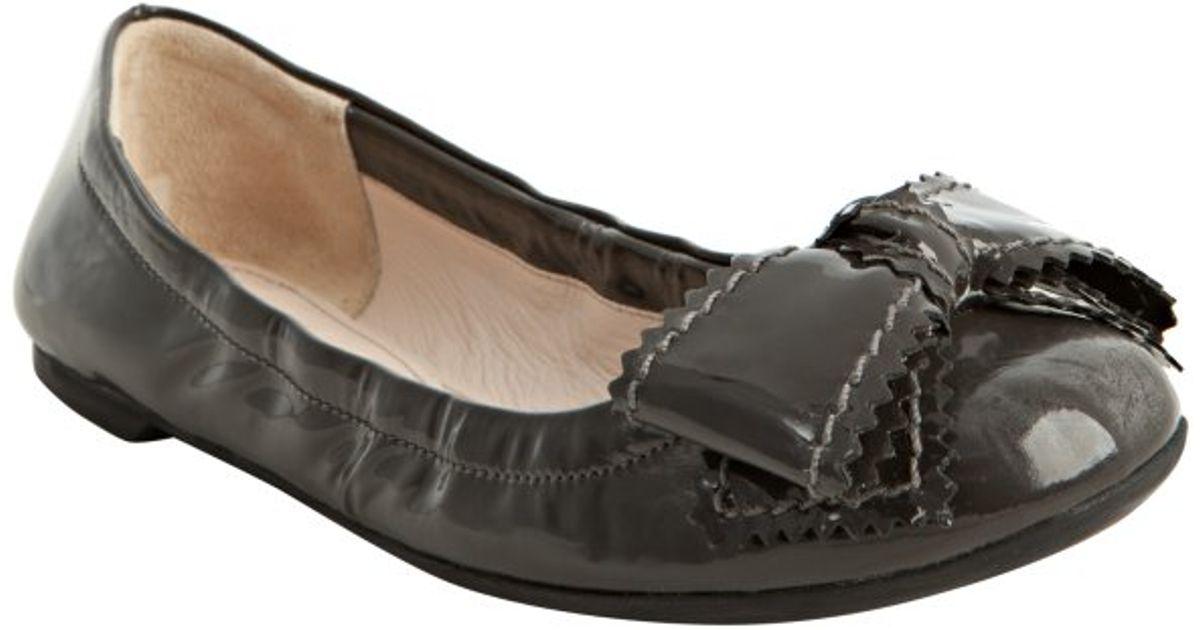 prada grey patent leather belt