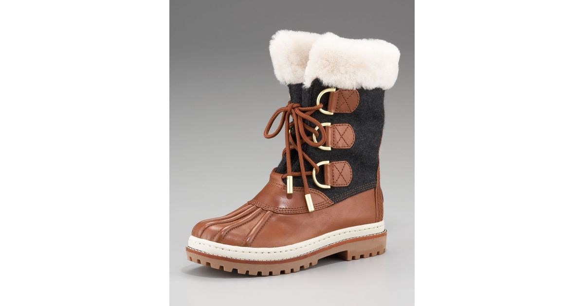 4f61fdab3e06 Lyst - Tory Burch Shearling Duck Boot in Brown