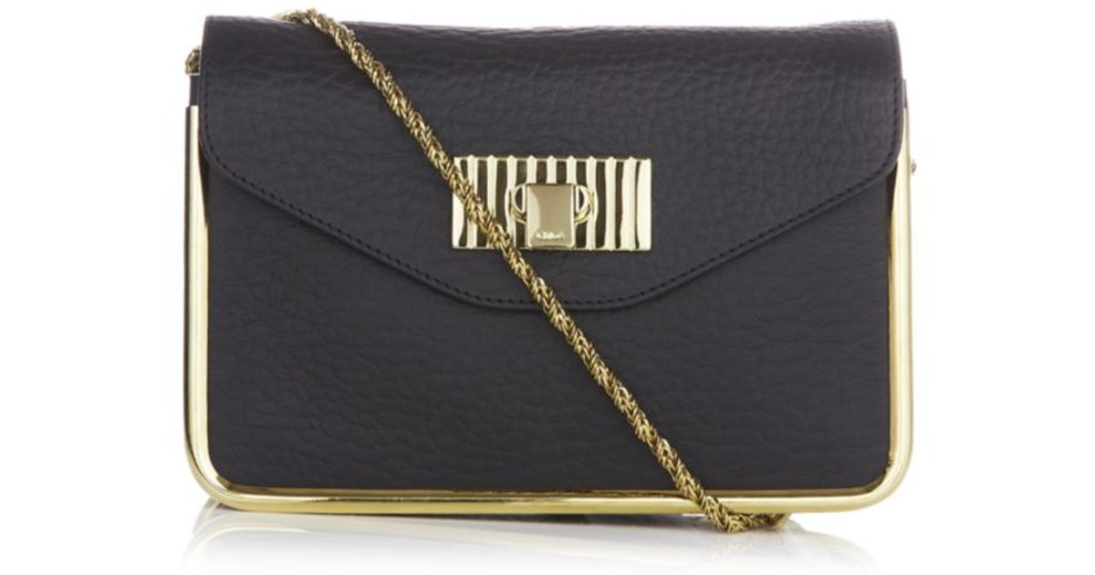 Chlo¨¦ Sally Small Shoulder Bag in Black | Lyst