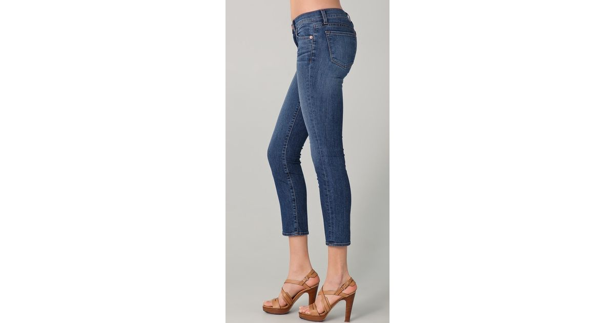 abba4f577465 Lyst - J Brand 7 8 Low Rise Cropped Jeans in Blue