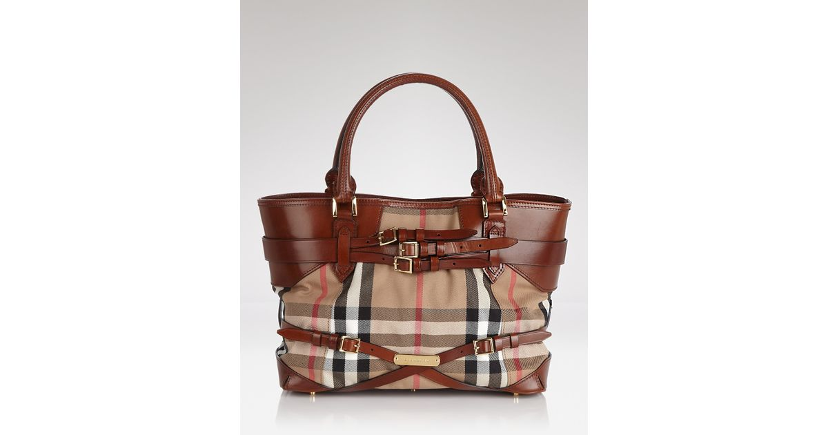 6eef8542ead Burberry Tote Bridle House Check Medium Lynher in Brown - Lyst
