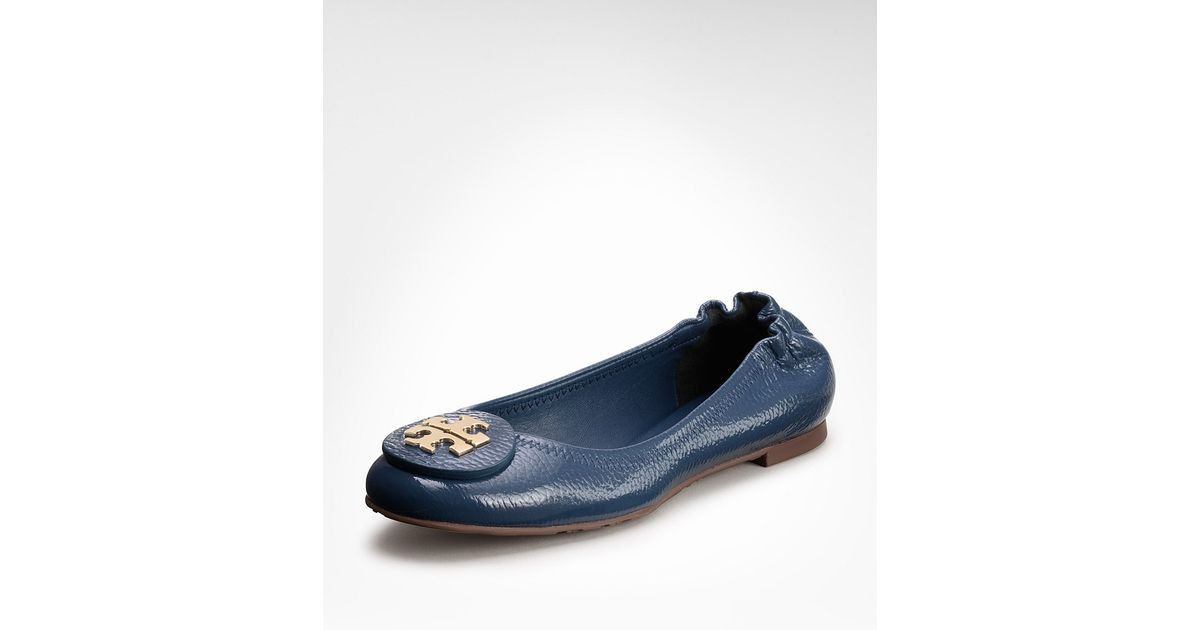 a1b02089846 Lyst - Tory Burch Tumbled Patent Leather Reva Ballet Flat in Blue