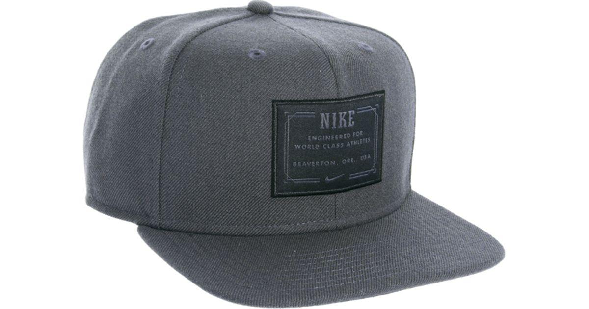 65155ef74c2 Lyst - Nike Snapback Cap in Gray for Men