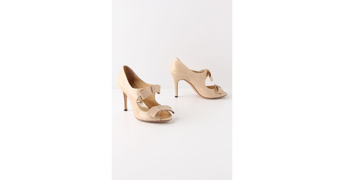 Anthropologie Juliana Patent Pumps in Natural | Lyst