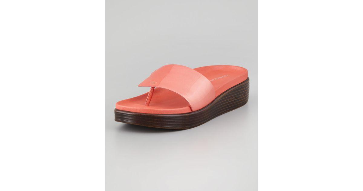 b5a804655ba Lyst - Donald J Pliner Fifi Patent-strap Slide Thong Sandal Salmon in Orange