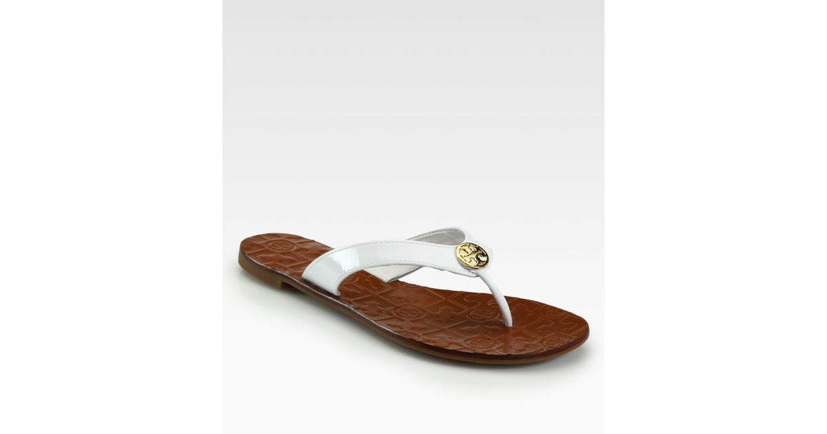 dfd170fa0 Lyst - Tory Burch Thora Patent Leather Thong Sandals in White