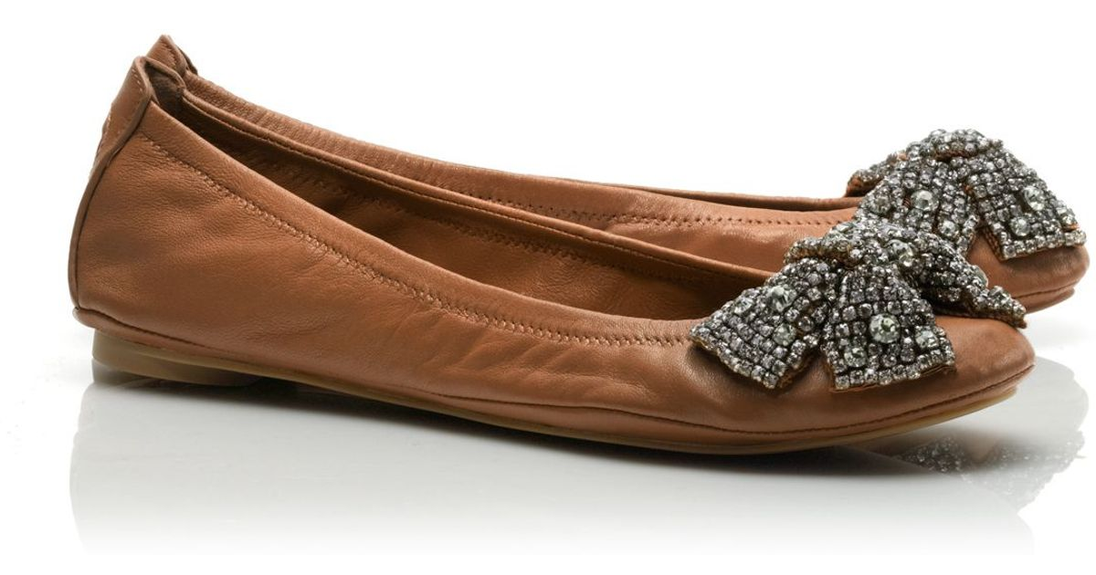 4a8892d83e97 Lyst - Tory Burch Leather Eddie Bow Ballet Flat in Brown