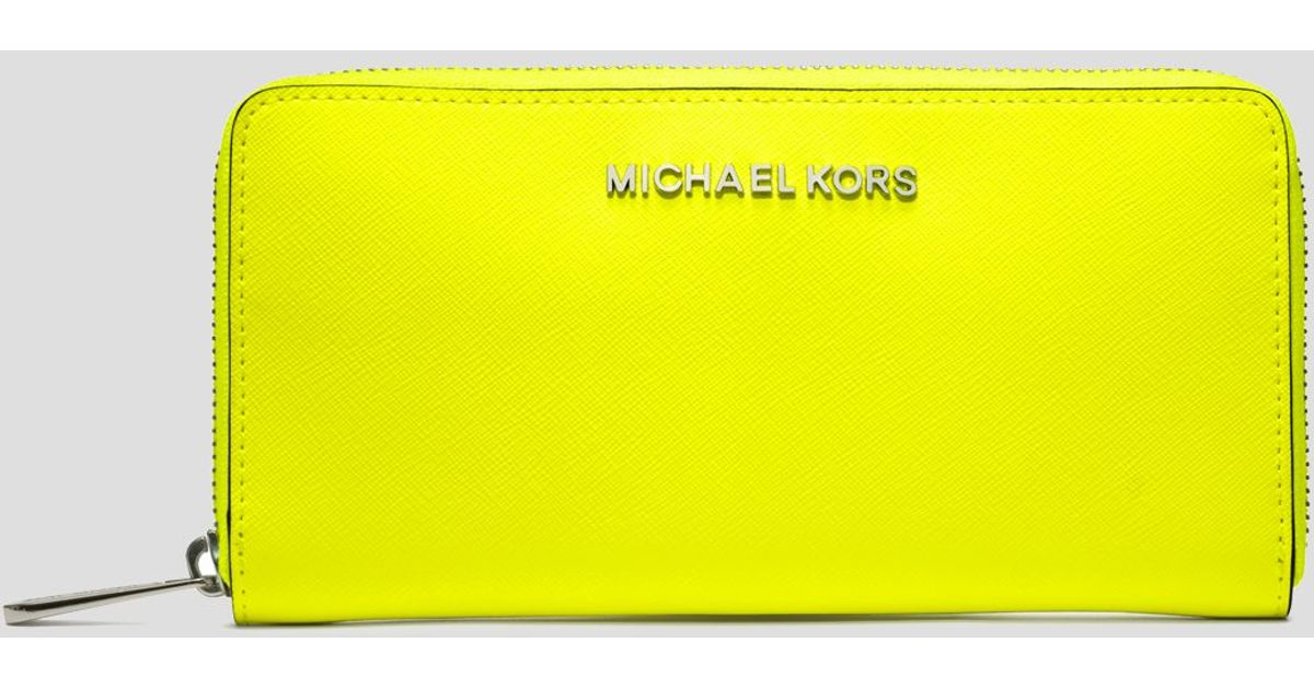e445db935140 MICHAEL Michael Kors Wallet Continental in Yellow - Lyst
