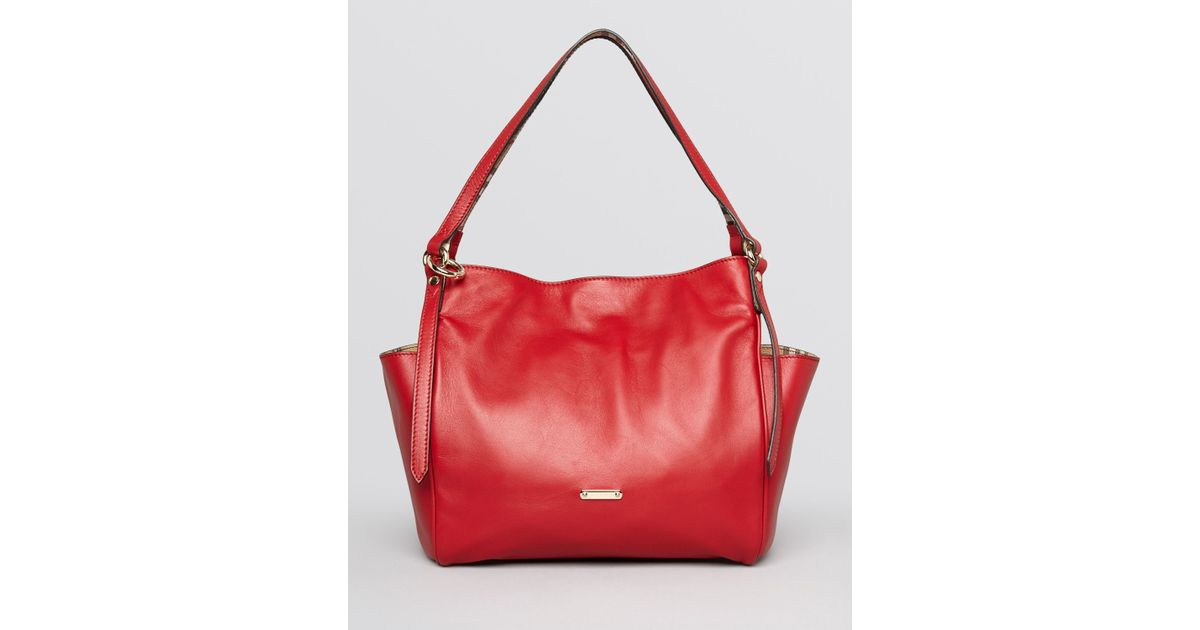 bedf5d436806 Lyst - Burberry Tote Small Canterbury in Red