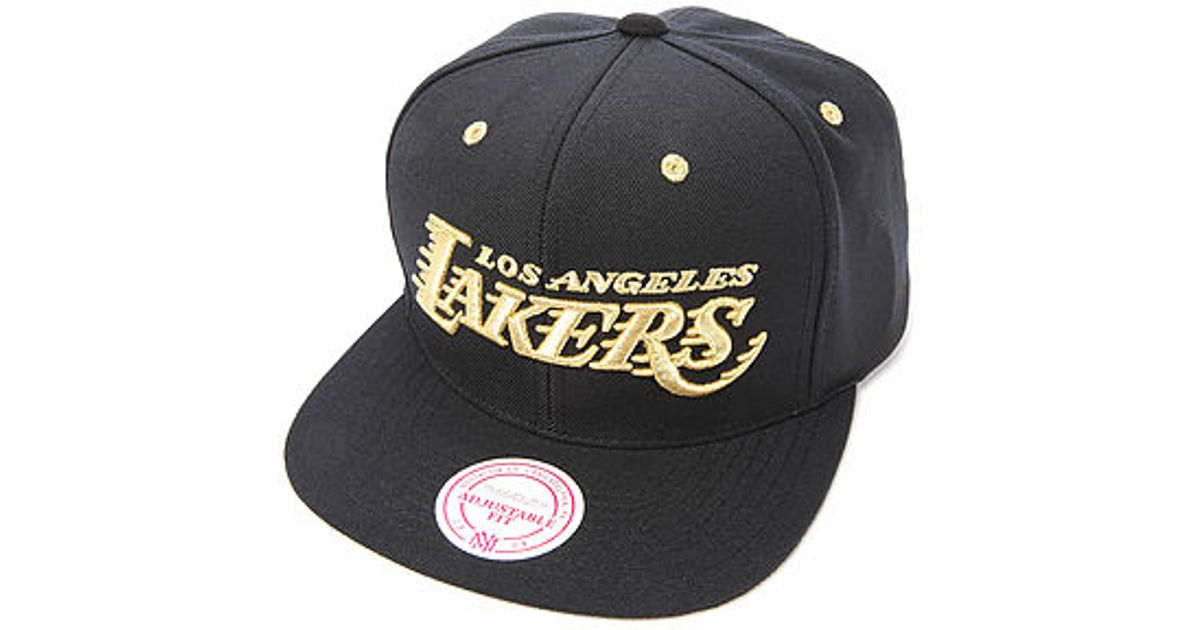 154178164973 Lyst - Mitchell   Ness The Los Angeles Lakers Metallic Snapback Cap in Black  for Men