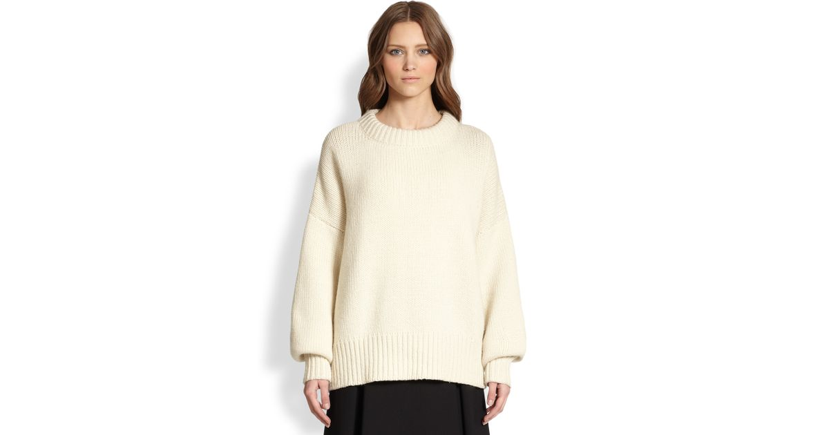 The row Ophelia Merino Wool Cashmere Oversized Sweater in White | Lyst