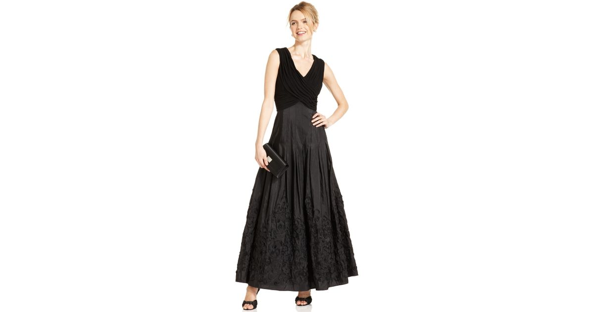 Lyst - Patra Sleeveless Vneck Evening Gown in Black