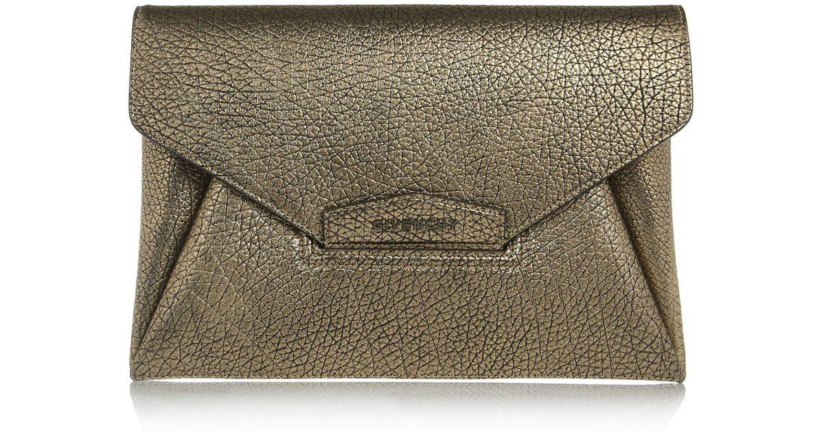 5721f225b3 Givenchy Antigona Envelope Clutch in Gunmetal Leather in Metallic - Lyst