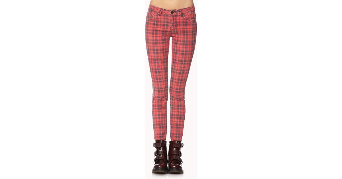 2b598ccf0c41 Forever 21 Grunge Plaid Skinny Jeans in Red - Lyst