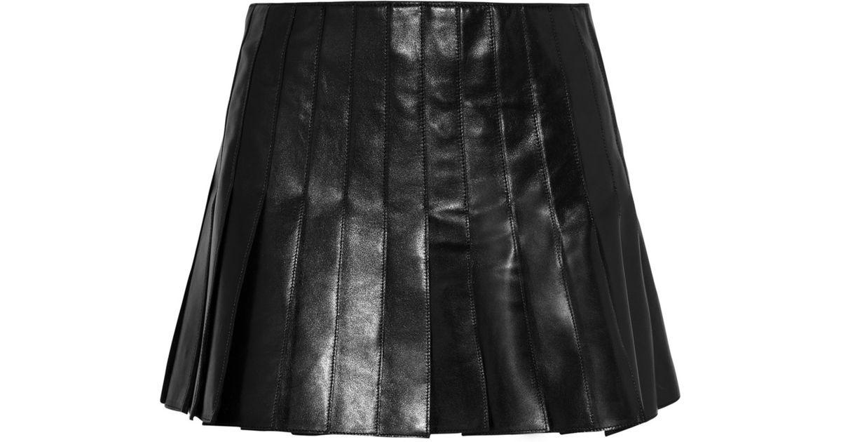 986a836892c9 Belstaff Holborne Pleated Leather Mini Skirt in Black - Lyst