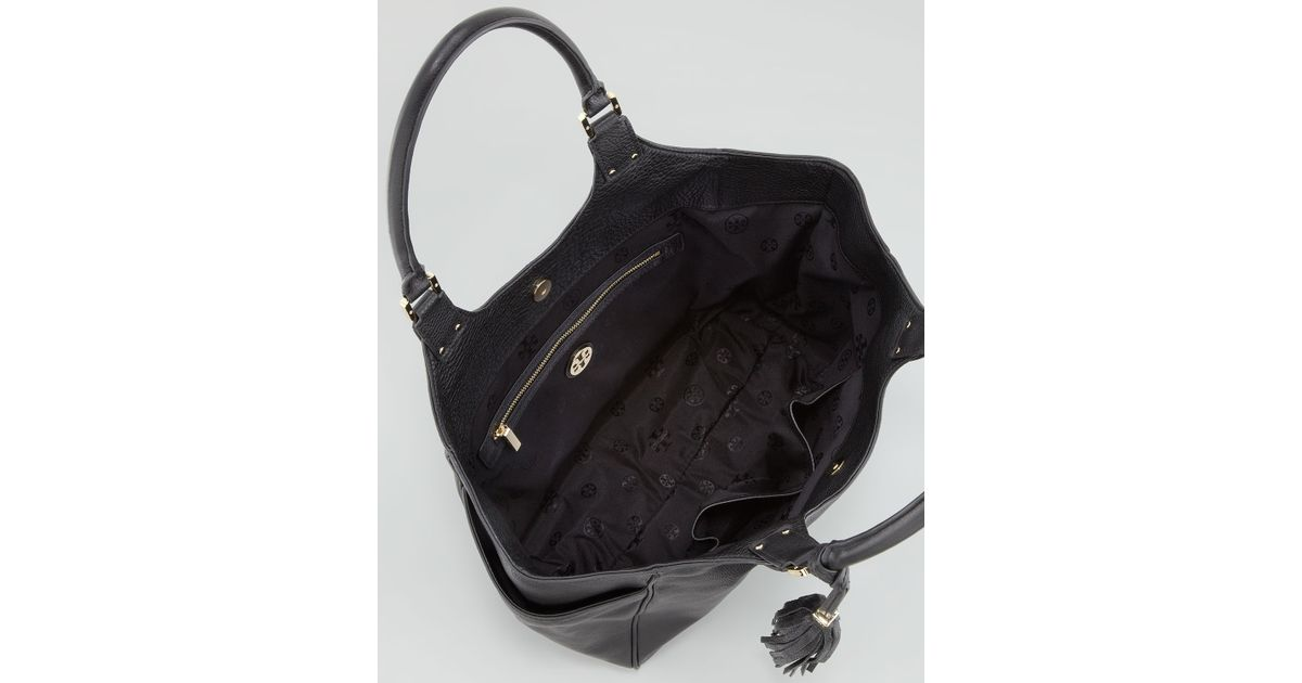 Lyst - Tory Burch Thea Round Leather Tote in Black