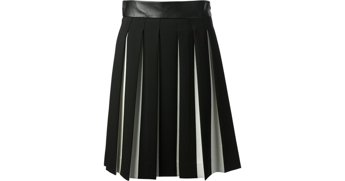 Find black box pleat skirt at ShopStyle. Shop the latest collection of black box pleat skirt from the most popular stores - all in one place.