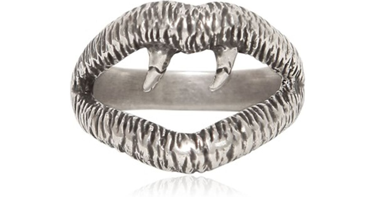 dc927cca4 Saint Laurent Silver Vampire Ring in Metallic for Men - Lyst