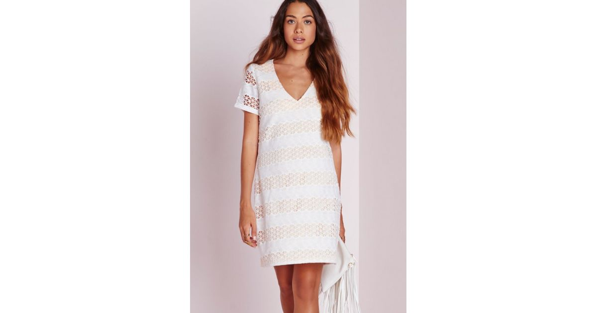 Lyst - Missguided V Neck Crochet Lace Dress Nude white in Natural b05db9d9e