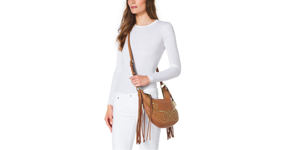 39b070315b39 Michael Kors Rhea Studded Leather Small Shoulder Bag in Brown - Lyst