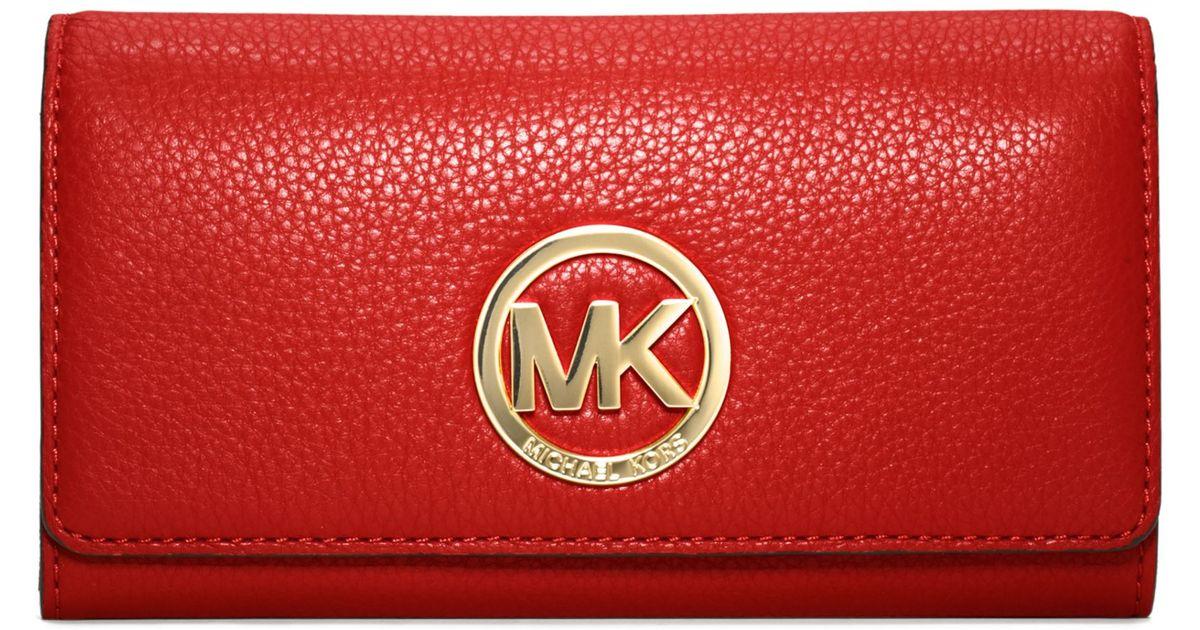 0cb6458865b4 Michael Kors Michael Fulton Carryall Wallet in Red - Lyst
