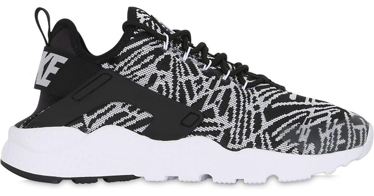 Air Huarache Run Ultra Mesh' Sneaker