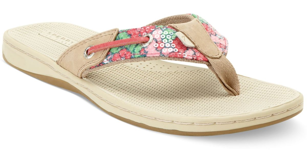 7613f89646b3 Lyst - Sperry Top-Sider Seafish Thong Sandals in Pink