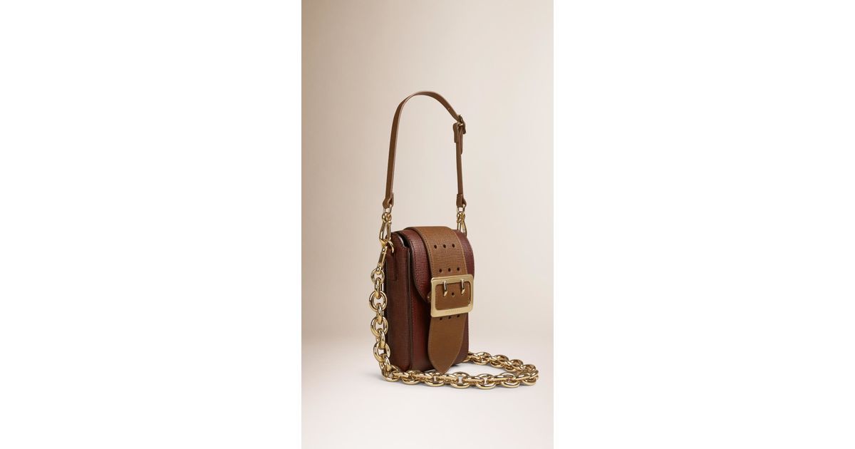 Burberry Oblong Textured-Leather Belt Bag in Red - Lyst e5acab291e