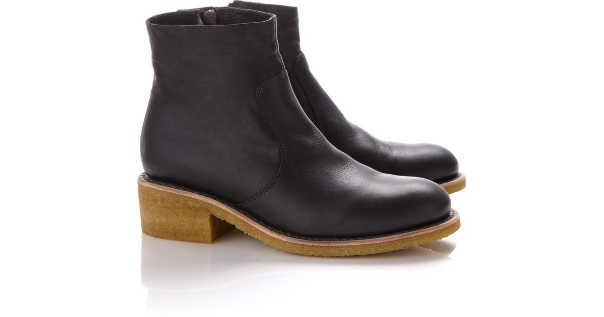 A.p.c. Anthracite Leather Flat Ankle Boots in Gray | Lyst