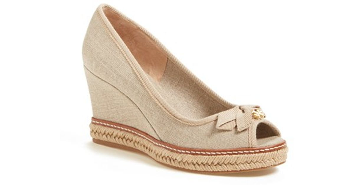 ac0638d442c1 Lyst - Tory Burch Jackie 2 Peep-Toe Wedges in Natural