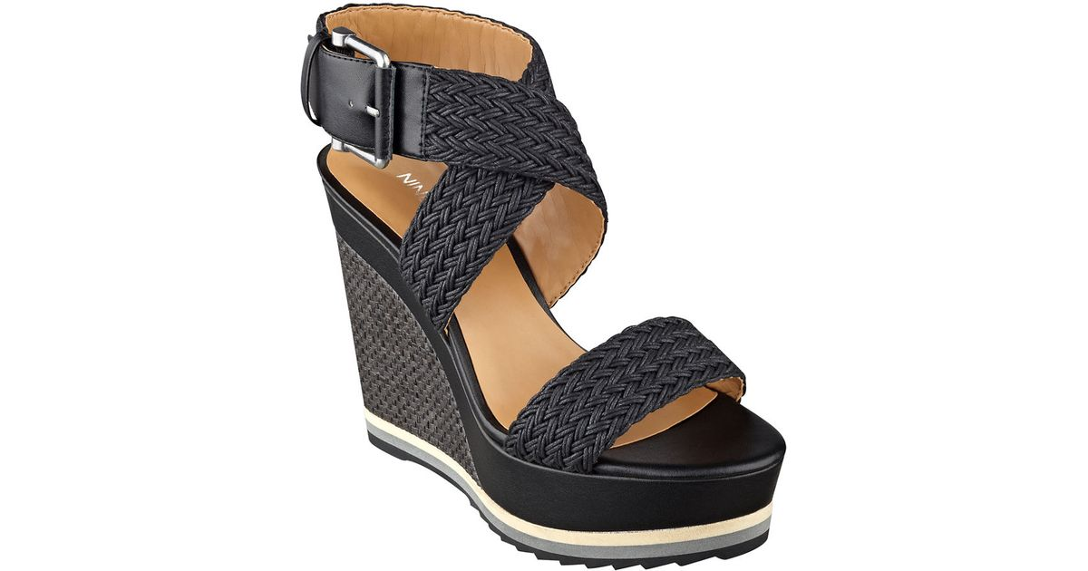 7953c2bf98 Nine West Waldrid Wedge Sandals in Black - Lyst