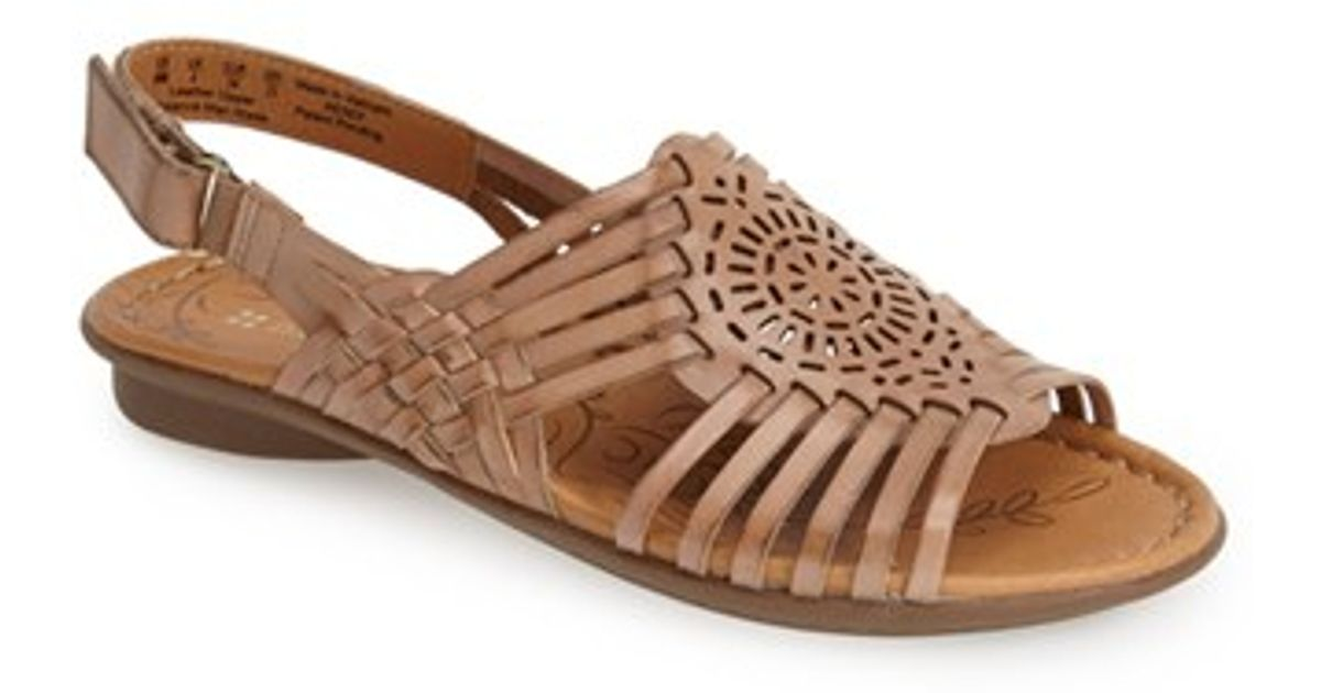 Naturalizer Women S Wendy Huarache Sandal