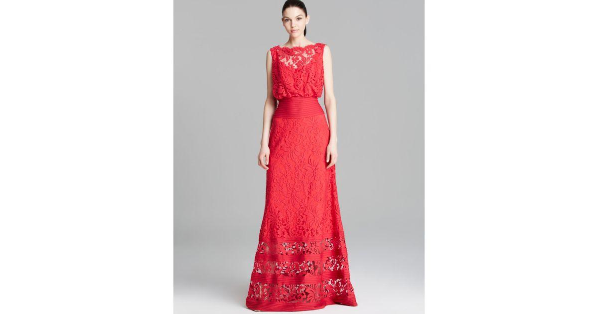 30ae389d8cb0 Tadashi Shoji Gown - Sleeveless Lace Blouson Banded Waist in Red - Lyst